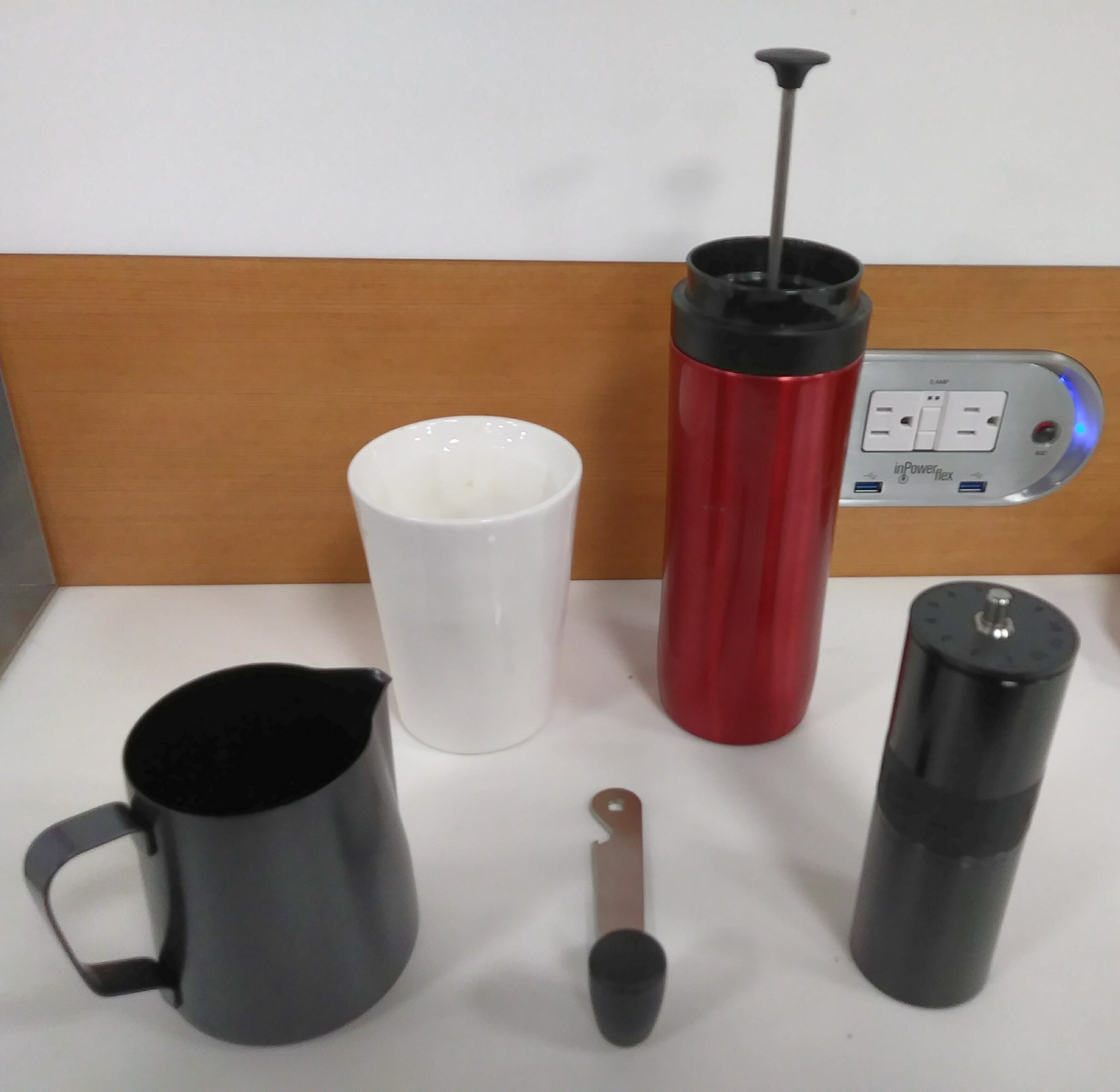 My Therma Cup, Travel Press and Aergrind at Miami Airport to provide me with much needed coffee before for a pre-dawn flight to Phoenix.