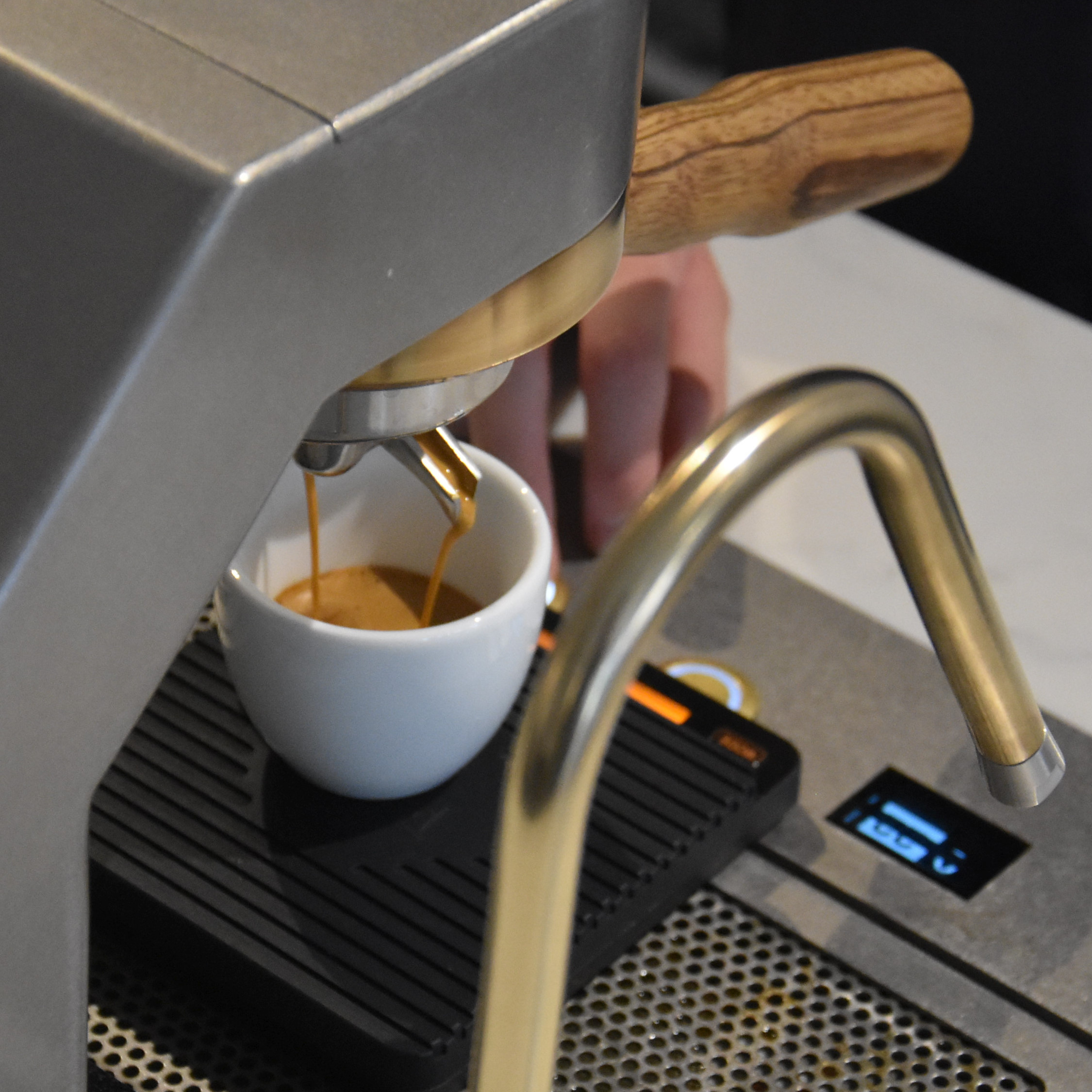 A Colombian single-origin espresso extracting on a Mavam espresso system at Ropes & Twines in Liverpool.