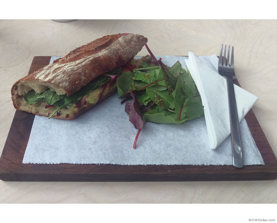 I was there for brunch and went for a (toasted) beetroot + carrot sandwich...