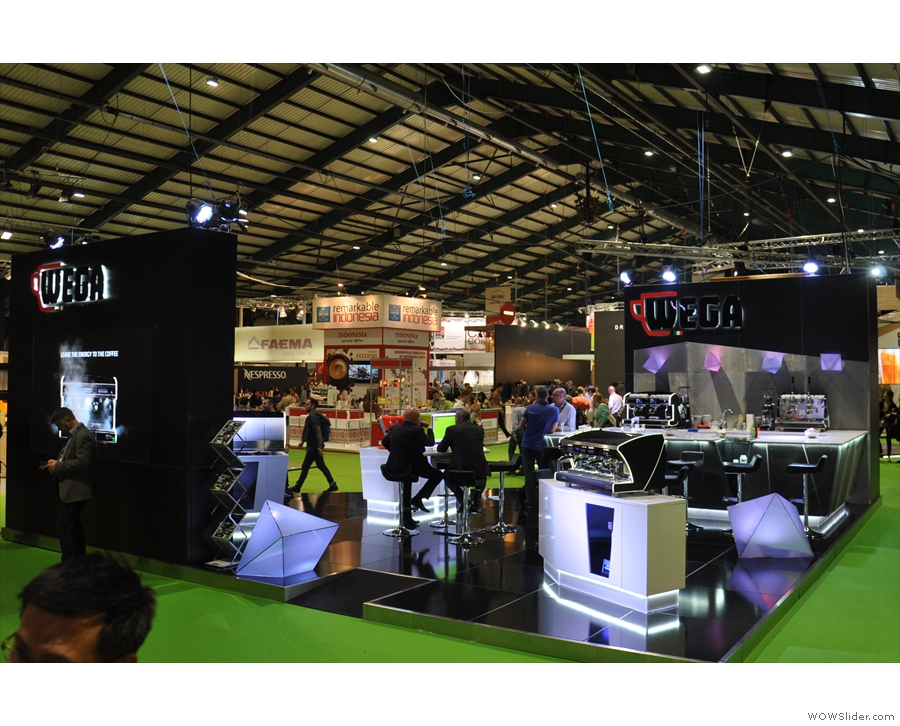 A general shot of the main exhibition hall...