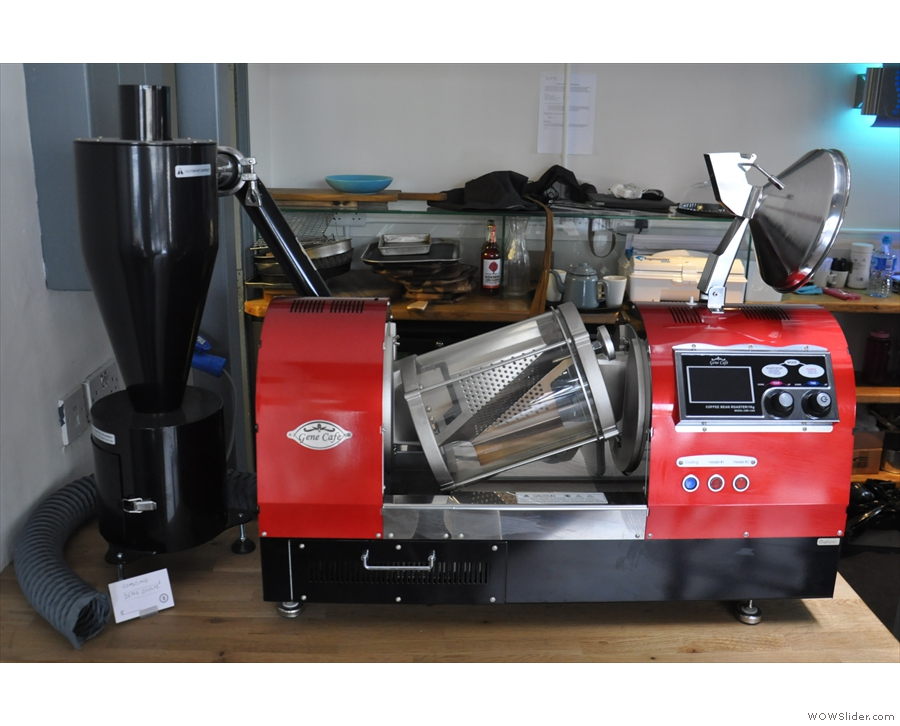 It's a 1 kg Genesis CBR-1200 roaster, which Bakesmiths occasionally uses.