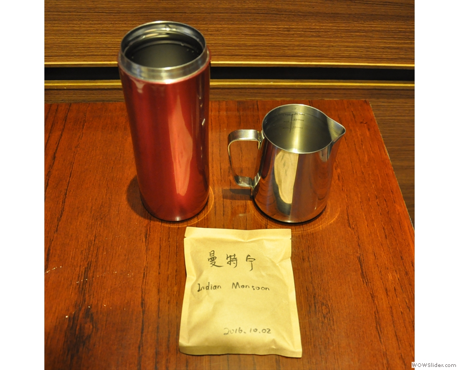 I had a special gift, a sachet of freshly roasted coffee from Blue King.
