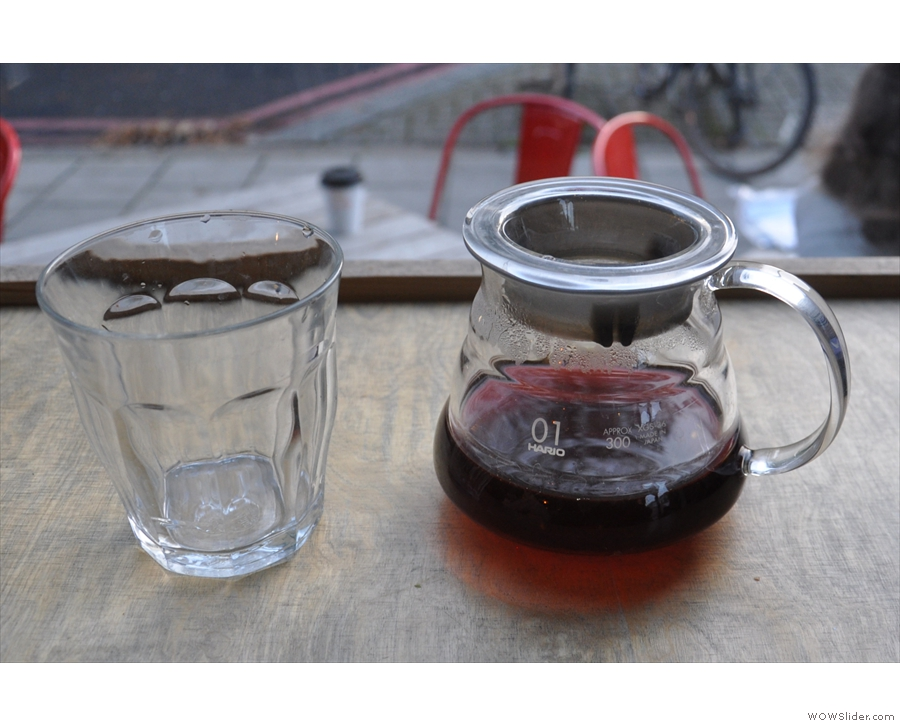 I followed this with a V60 of a honey-processed El Salvadorian coffee which looked like wine...