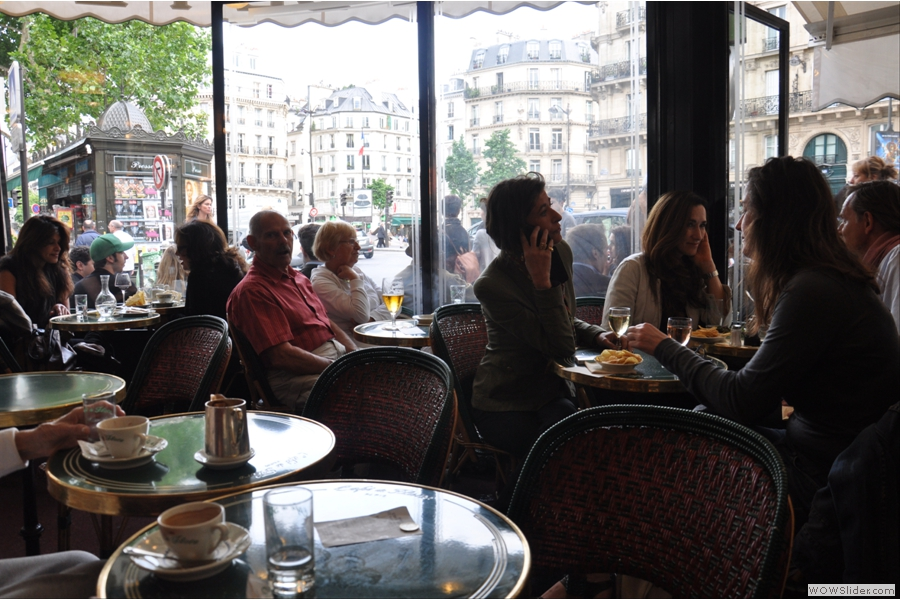 The view out of the terrace to Bouvelard Saint-Germain. Normally I like to keep people out of my pictures, but with Cafe de Flore it's virtually impossible.
