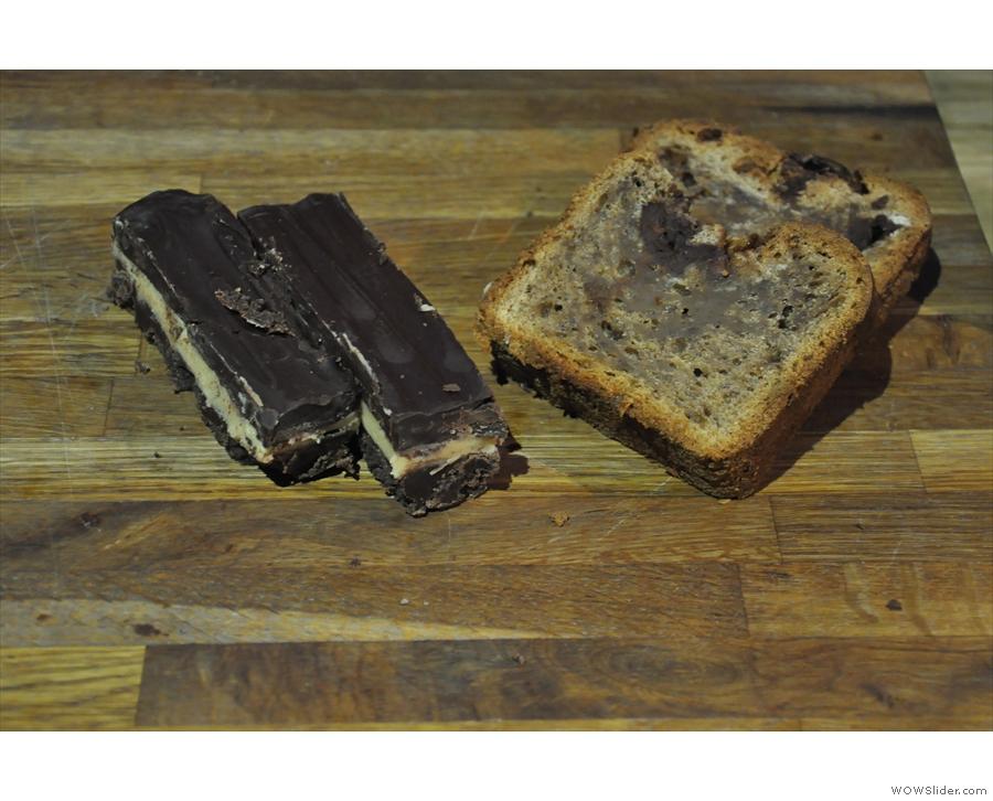 Let's set them free, shalll we? Millionaires' shortbread (left), banana bread (right).