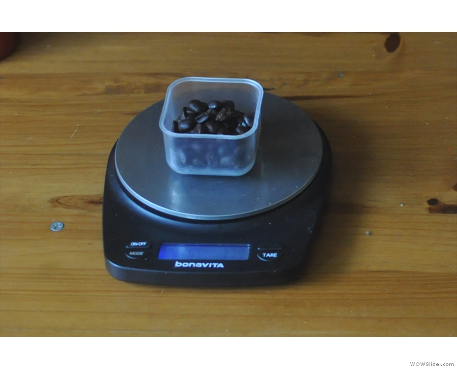 These days, when I'm at home, I use my Bonavita Auto Tare scales...