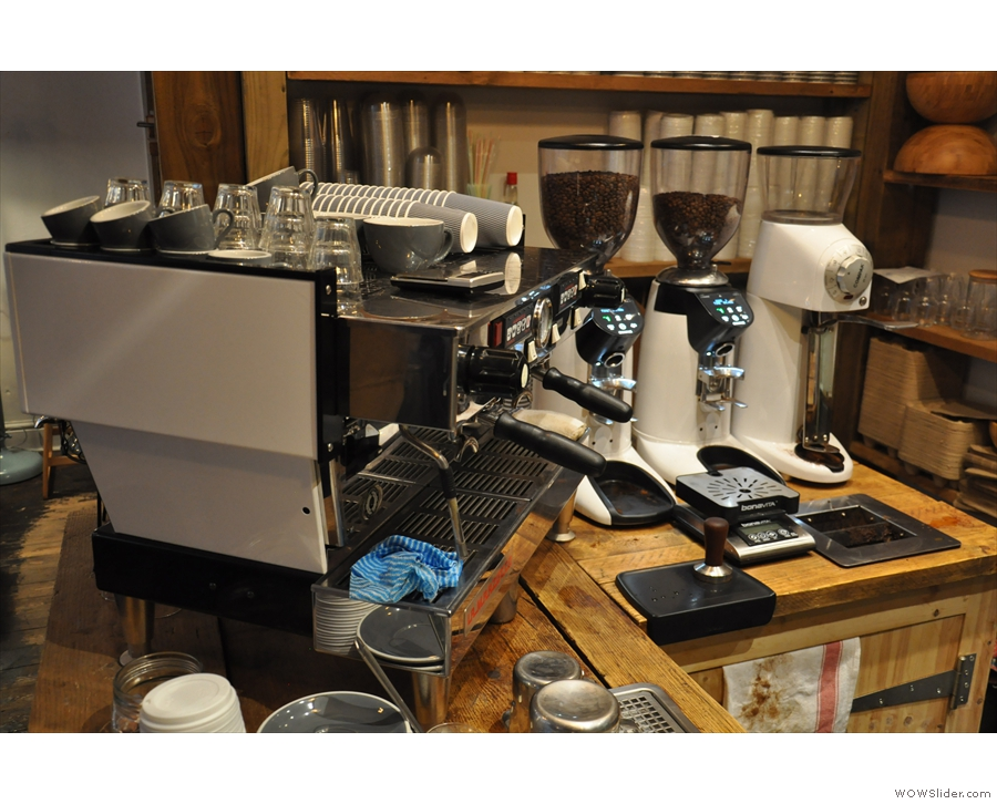 The espresso machine and its grinders (house, guest and filter).