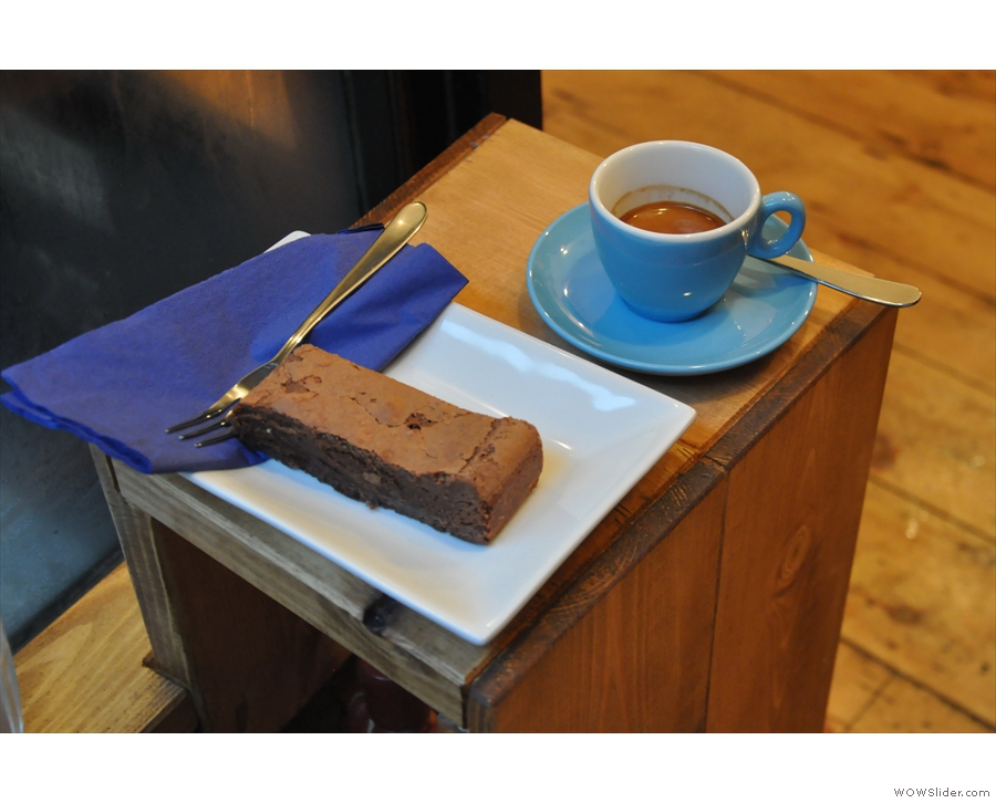 I went for the chocolate brownie, which was almost as good as my espresso.
