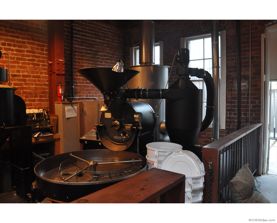 ... while opposite it, on the left, is the roaster, a refurbished vintage Probat UG22.
