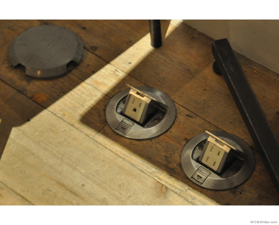 The recessed power-points are also a neat touch. There's a choice of earthed or non-earthed.