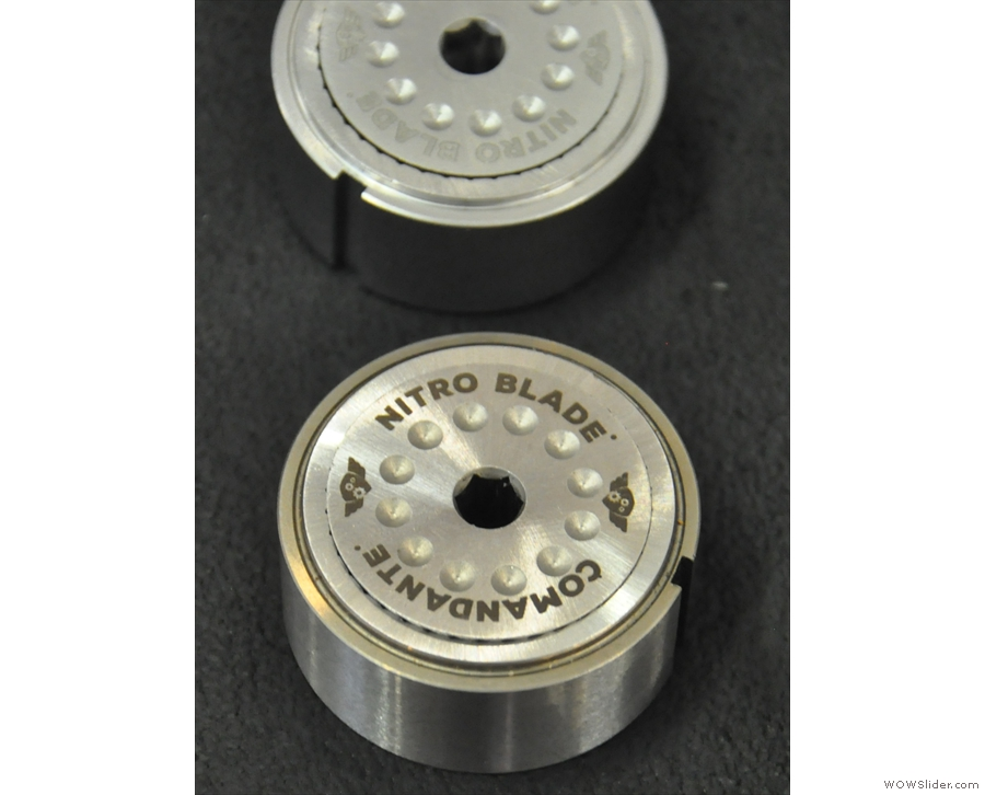 At the heart of the Comandante C-40 grinder is the nitro blade metal burr set.