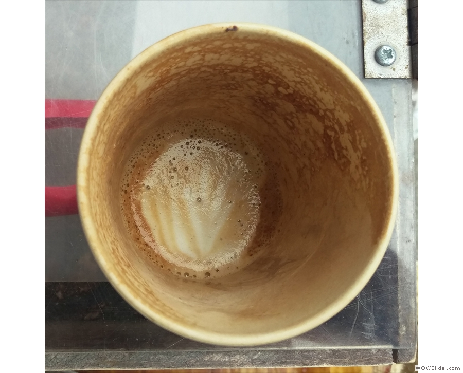 Latte art that lasts: the milk held the pattern to the bottom of the cup.