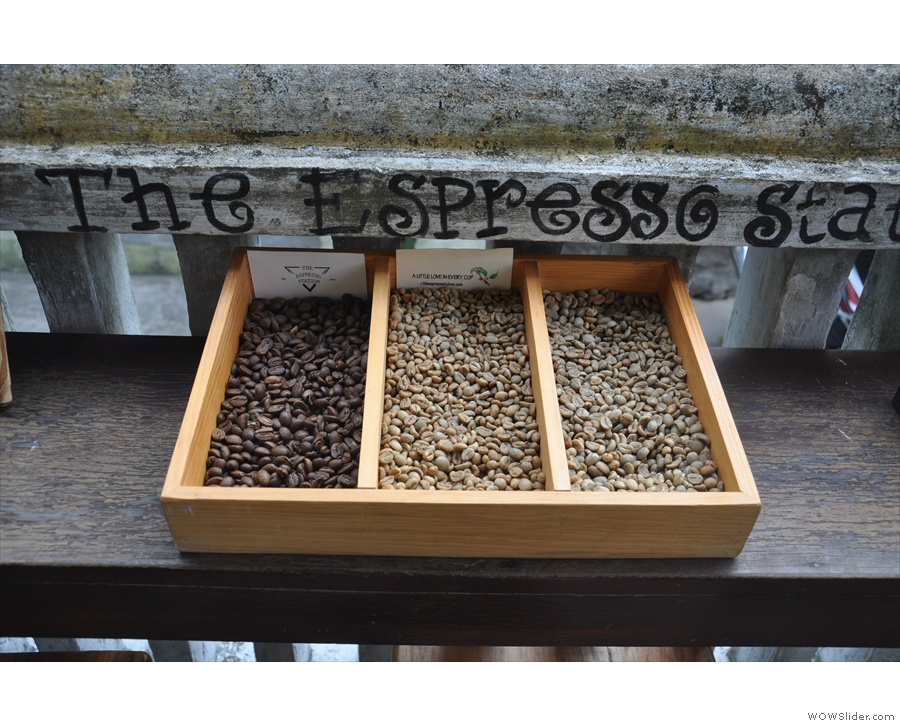 I also liked the display of different levels of roast outside on the bar.