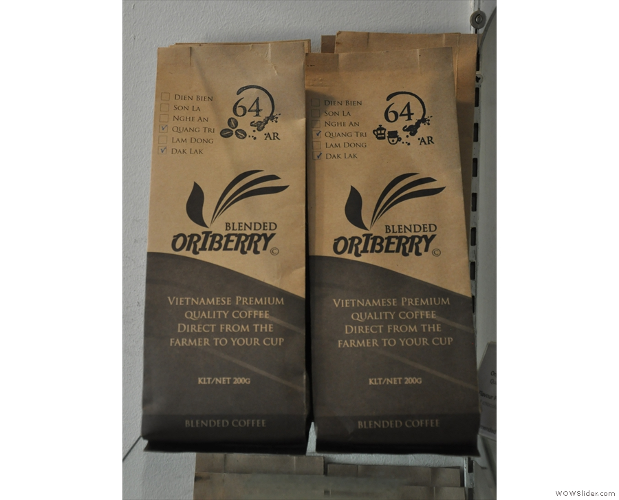 This is Oriberry's 64 house blend, 60% Arabica, 40% Robusta...