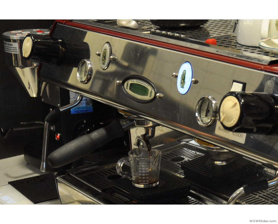This is the view from the side. I love watching espresso extract, especially into glass.