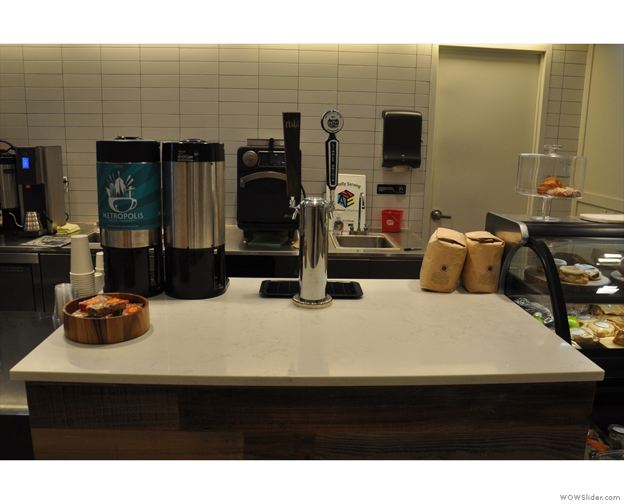 The layout is fairly simple. There's cold brew and filter on tap...
