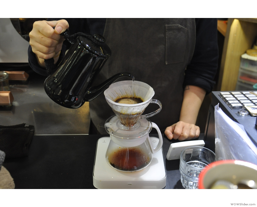 18 Grams employs a continuous pour technique...