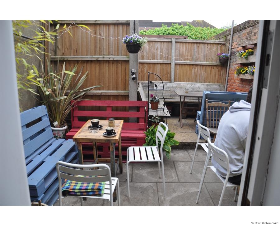 ... a lovely courtyard/garden.