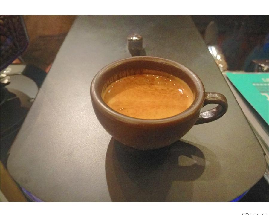A lovely, fruity, well-balanced espresso in my Kaffeeform cup.
