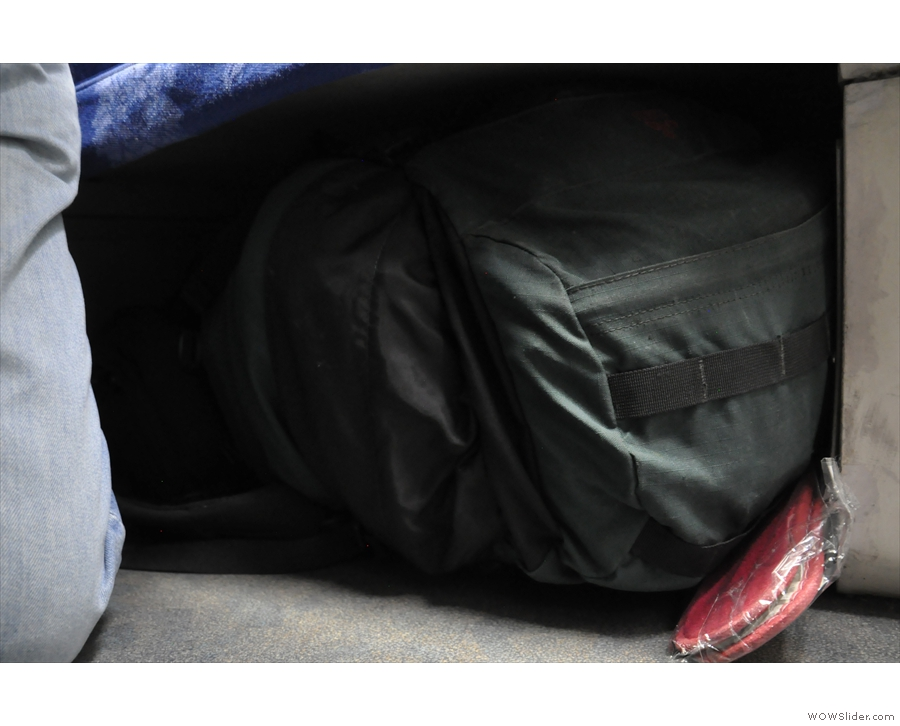 Not the best picture, but that's my bulky rucksack tucked under the lower bunk.