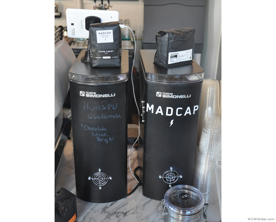 ... with its two Mythos 1 grinders (with the beans on top; ignore what's written on them).