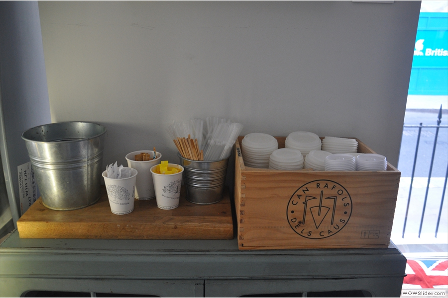 There are other neat features too; here's the takeaway station.