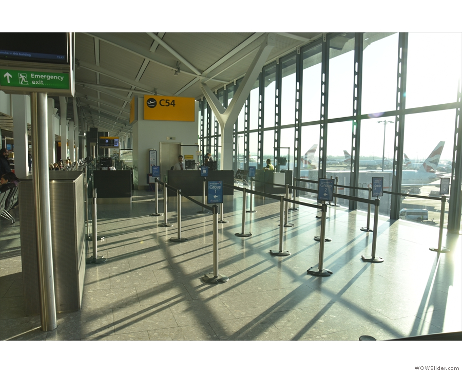 When I returned to the gate, there was still no-one there (because they'd all boarded).