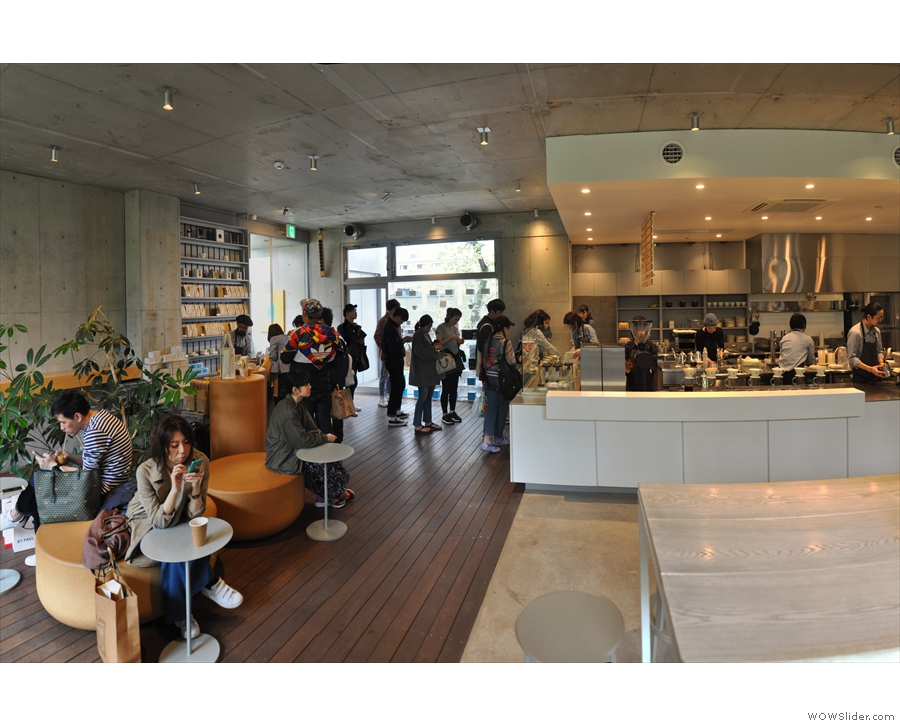 A view back towards the door/tills. During my visits, Blue Bottle was perpetually busy.