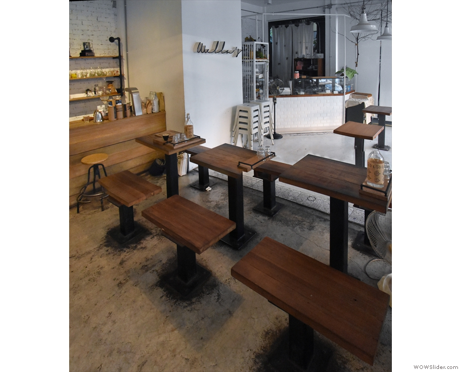 ... while the two-person tables delineate Ristr8to from the cake shop next door...