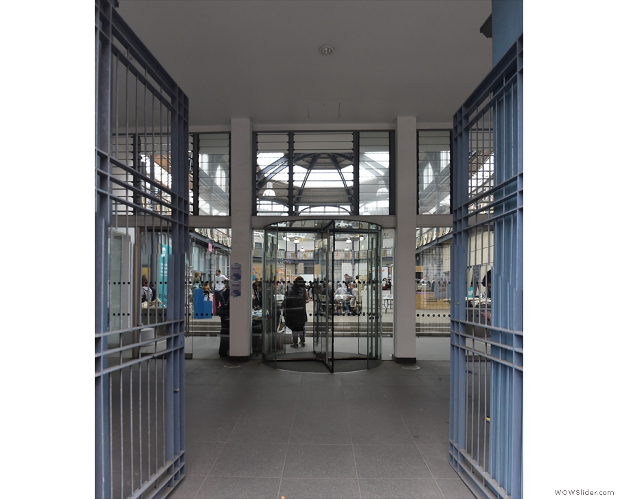The main gates of the Braggait lead into a large entrance hall.