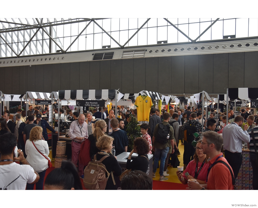 It felt a little like organised chaos, the crowds reminding me of London Coffee Festival.