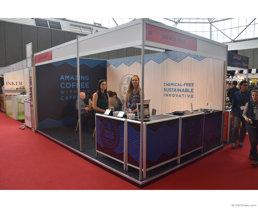 Talking of decaf, I was a regular visitor to the Swiss Water stand & my friend Jess.