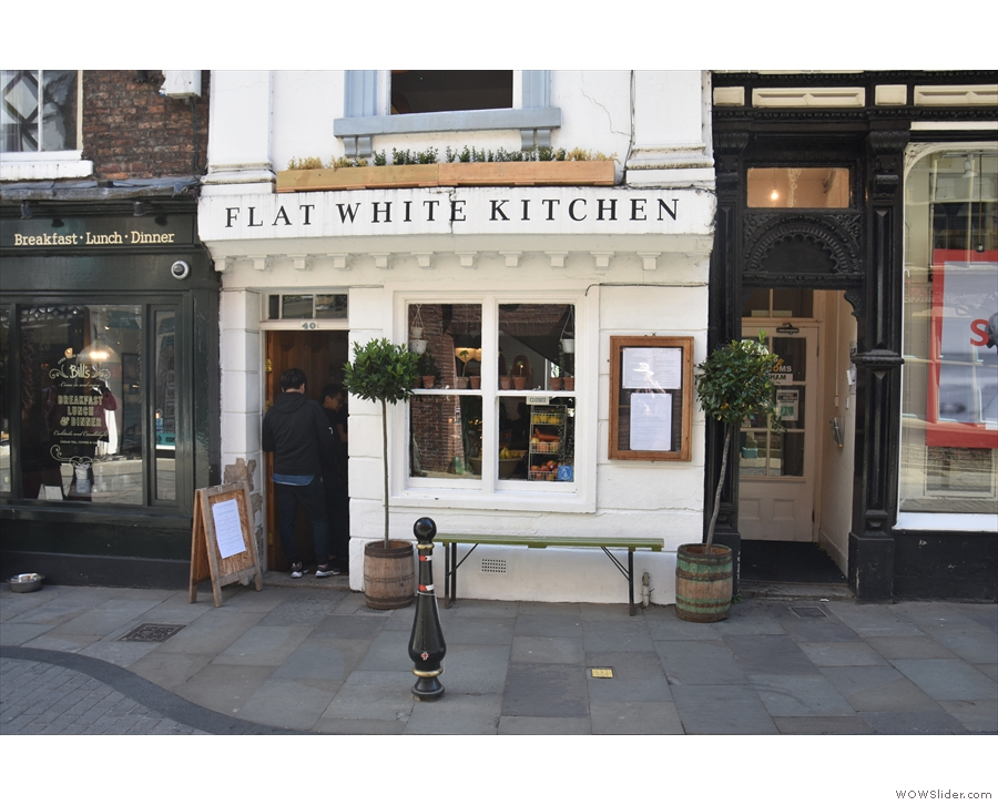 ... where you'll find the 2nd Flat White, Flat White Kitchen. Yes, that's a queue in the door.