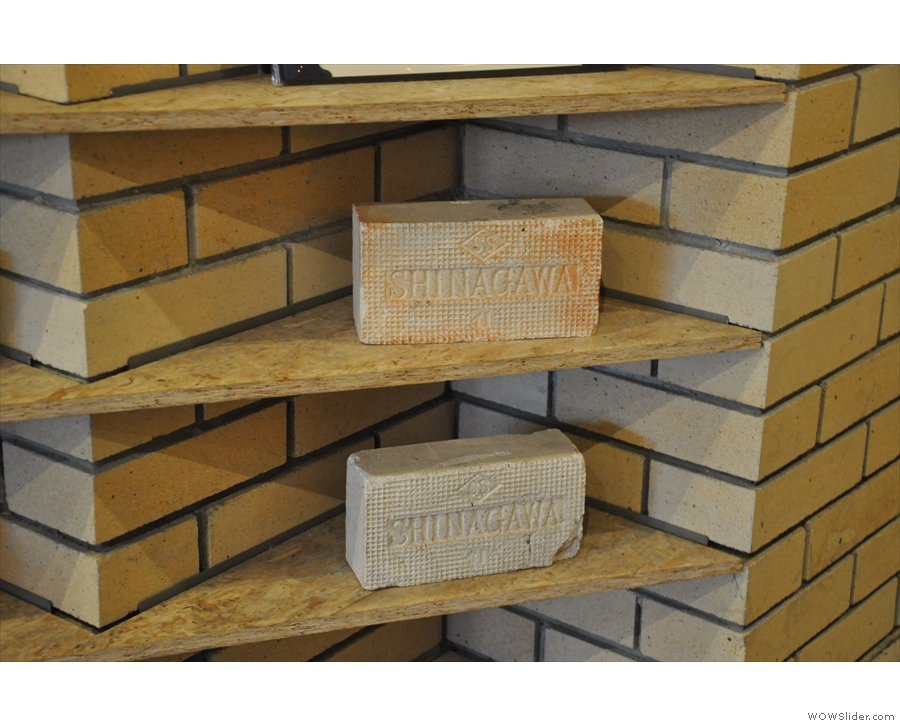 ... and for these Shiniagawa bricks which I was very taken with.