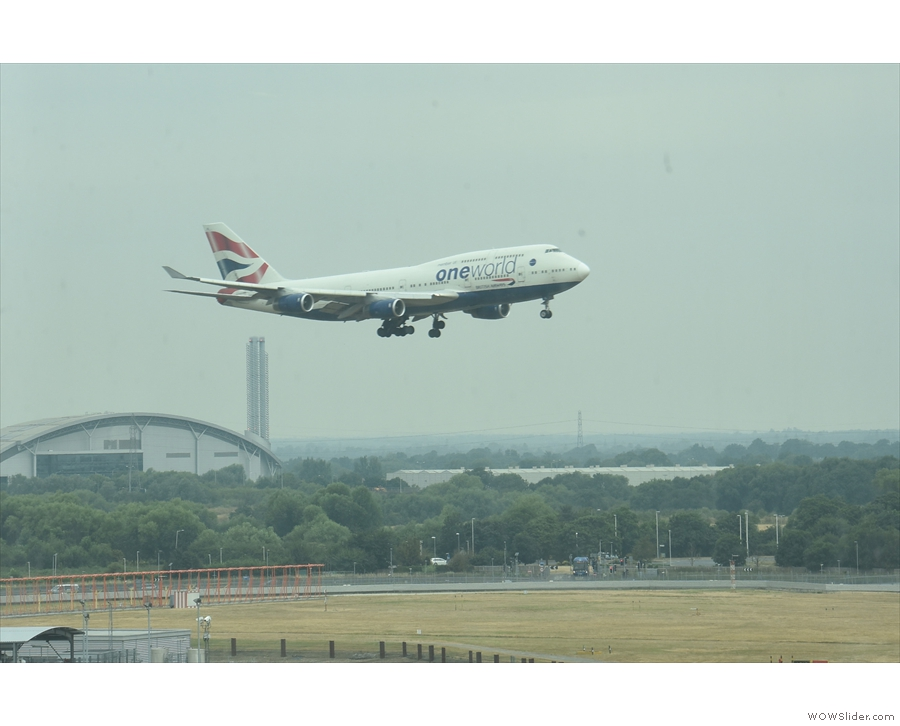 Here comes a British Airways 747. They are magnificent planes.
