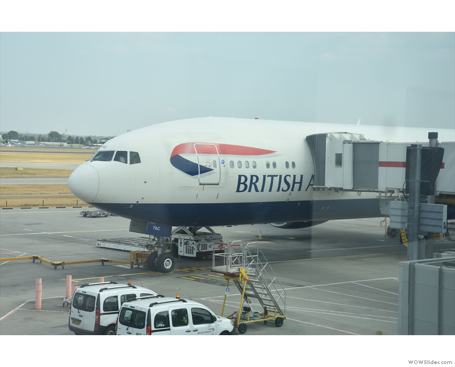 And here's my ride to Tokyo, a Boeing 777-300, at the gate.