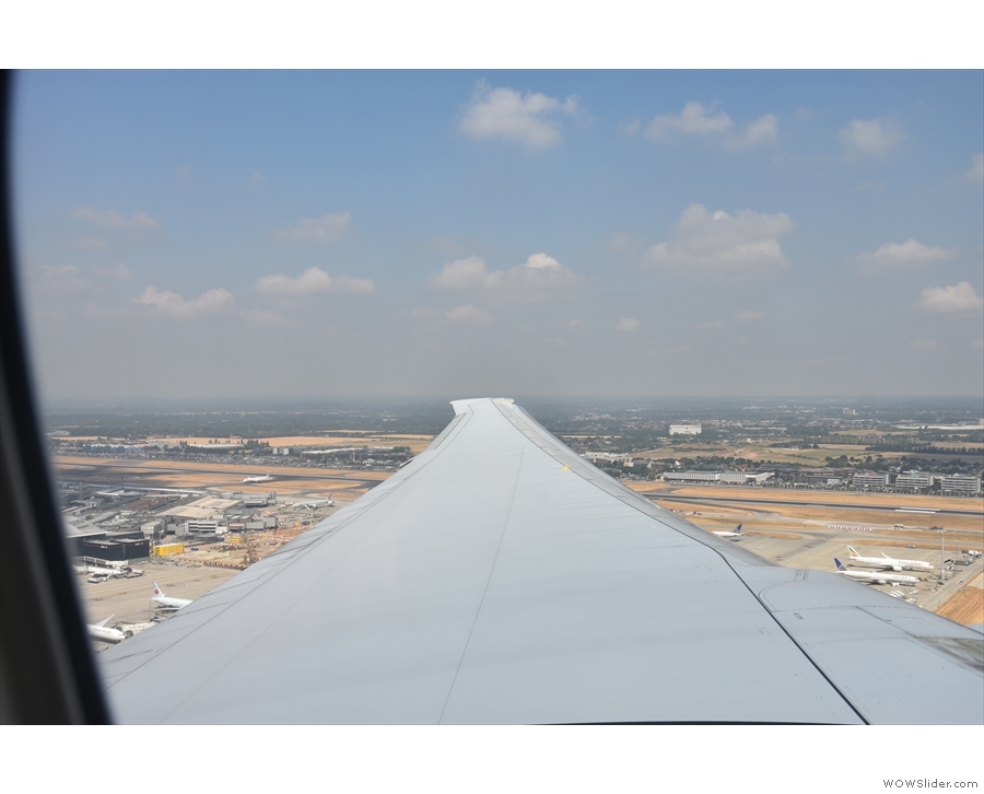 Is it me, or is that wing just far too thin to support all this plane?