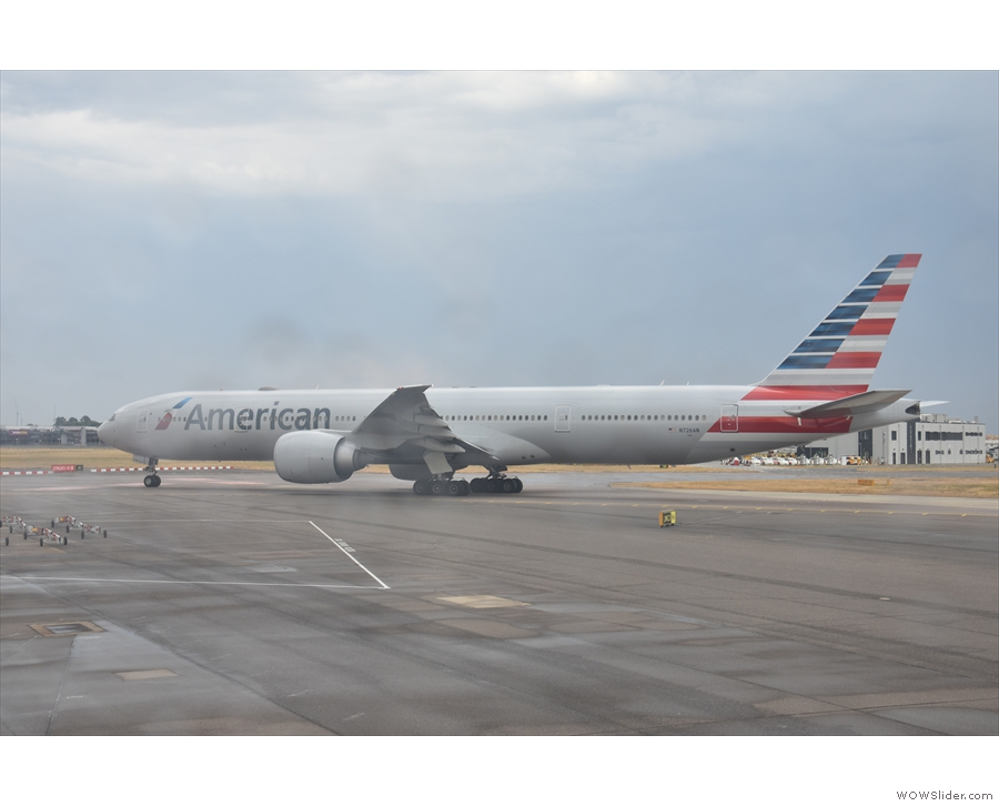 ... and this American Airlines Boeing 777-300. At least the rain drops on the window...