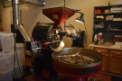 Looking much like any other roaster, it's 'naked' (ie there's no casing around the drum).