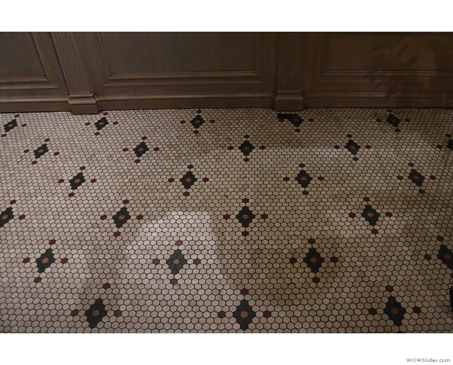 The floor's none too shabby either.