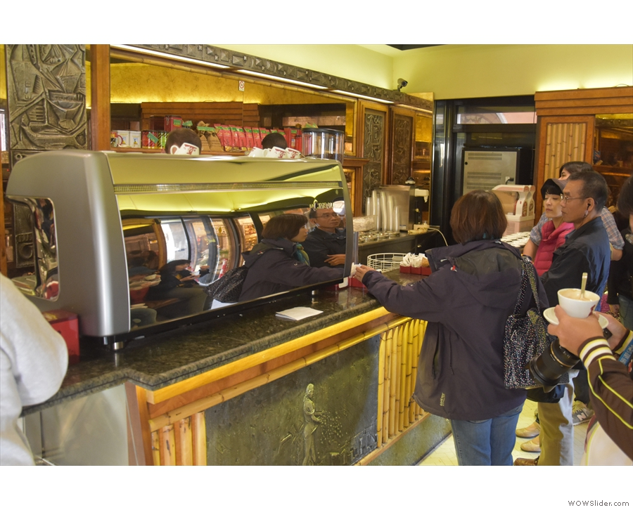 You can be served at either counter. Just find a spot and catch the barista's eye.