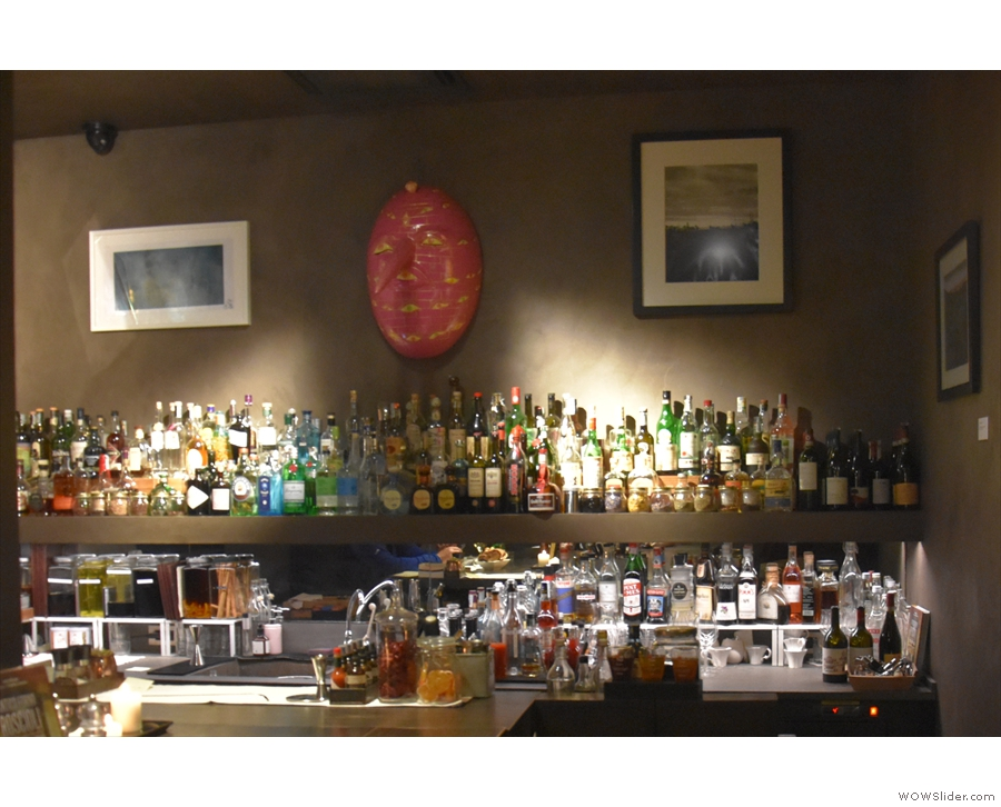 ... and in the evening to enjoy the well-stocked bar.