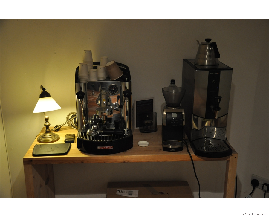 Espresso machine, scales, grinder, boiler, pouring kettle. Everything you need in fact!