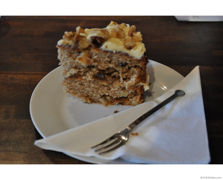 I also had this very fine slice of apple cake to go with it.