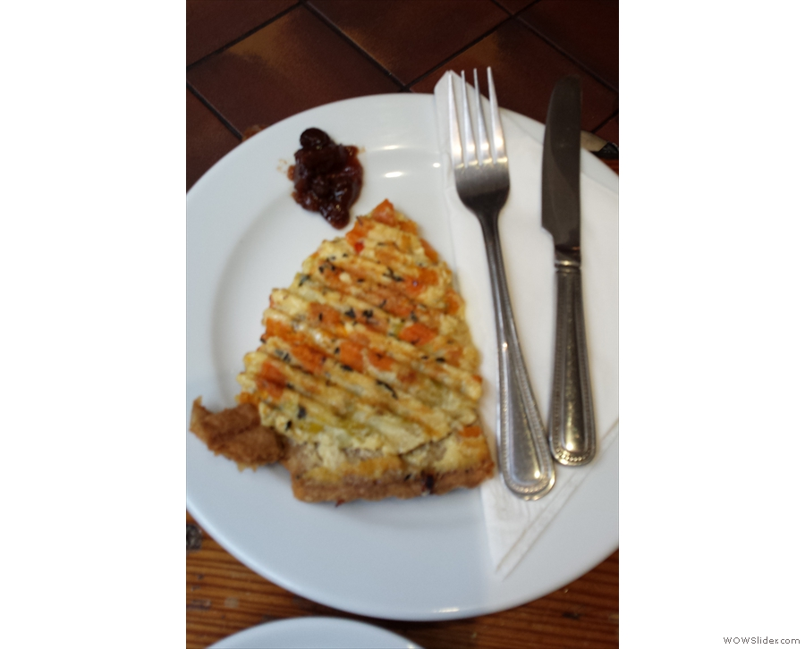 ... and proceeded to a very unconventional toasted quiche!