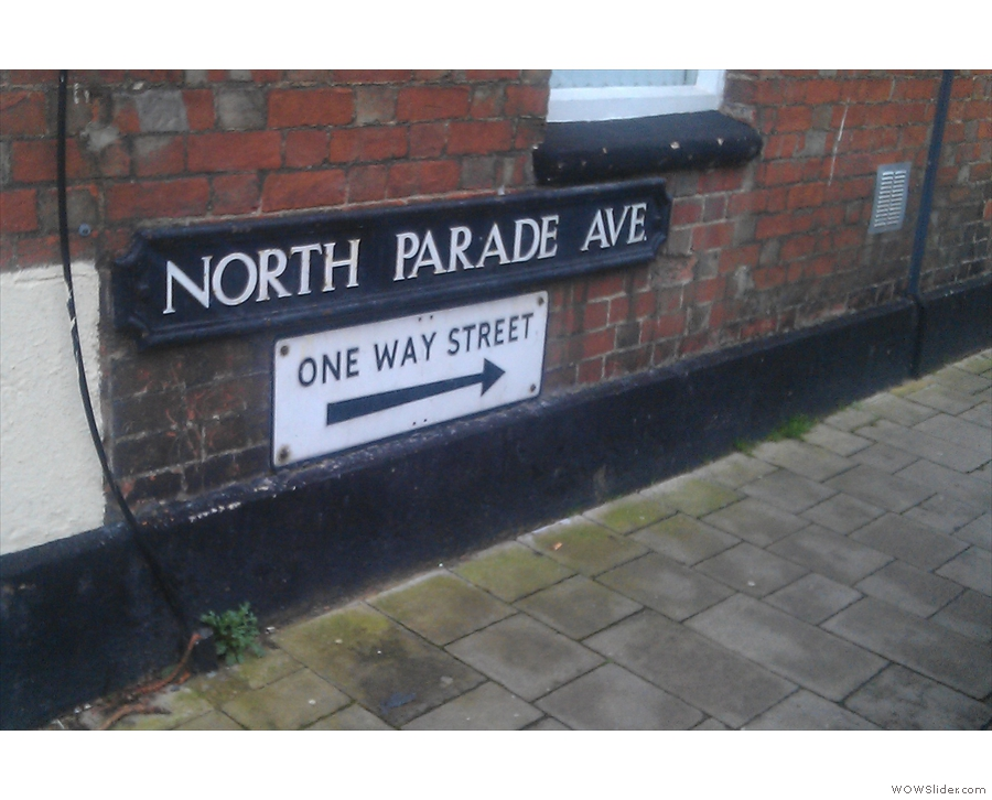 In case you're wondering, you need North Parade Avenue, here at the Banbury Road end.
