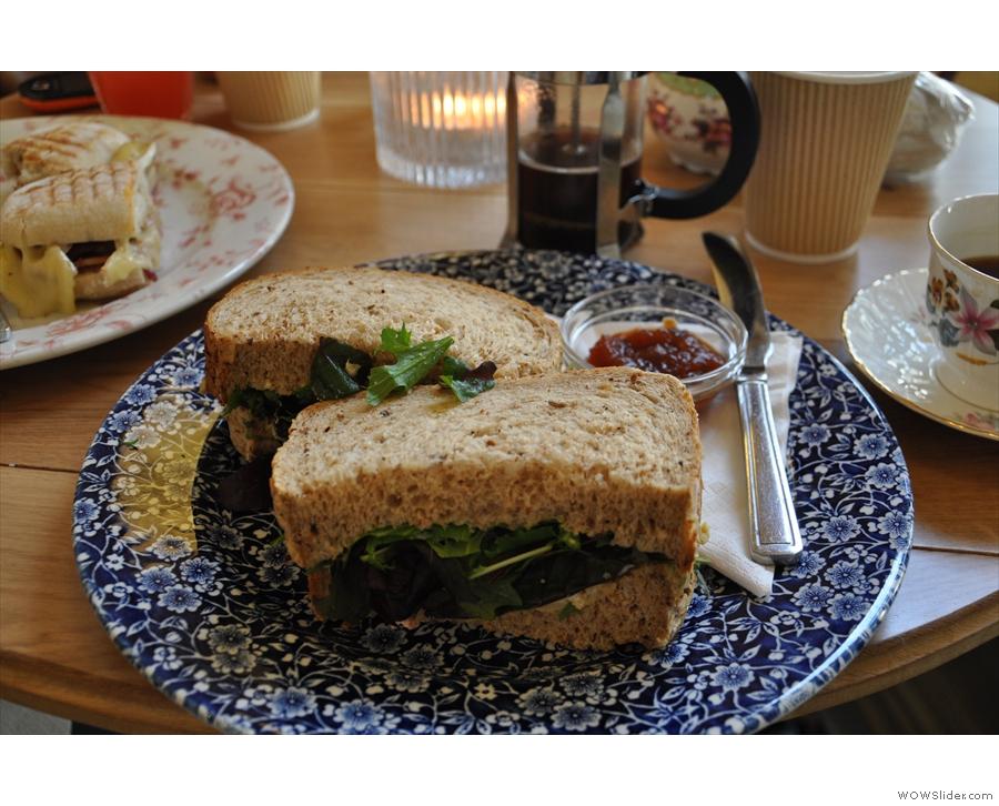 My excellent hummus sandwich in detail.