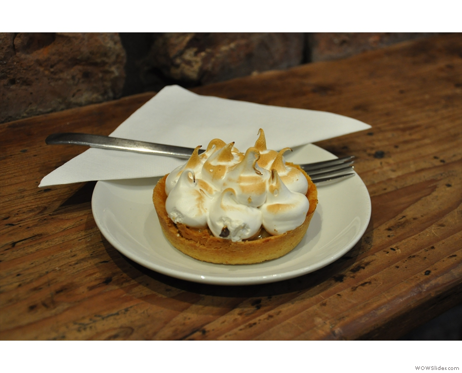 The last banana, caramel & marshmellow tart (aka banofie pie).