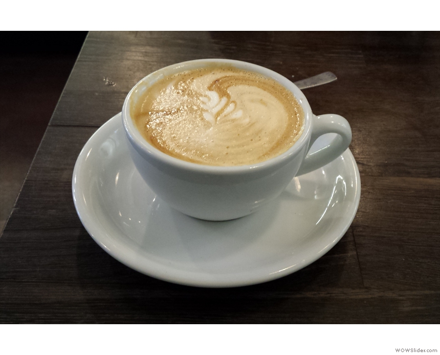 To celebrate the return of Square Mile, I, of course, had a flat white...