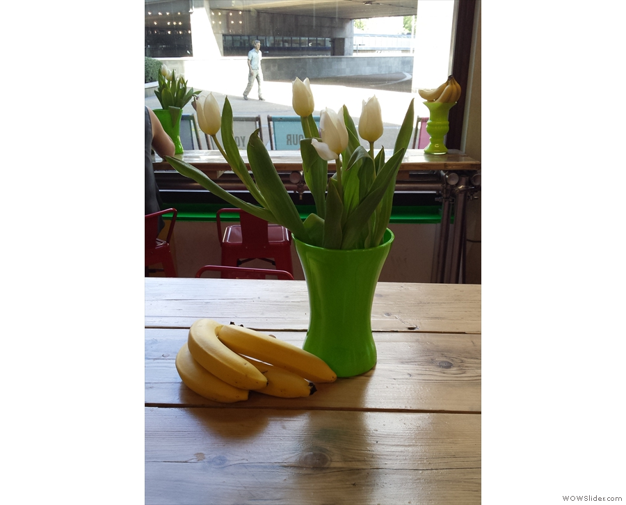 Yesterday it was tulips. Do I detect the banana theme as well?